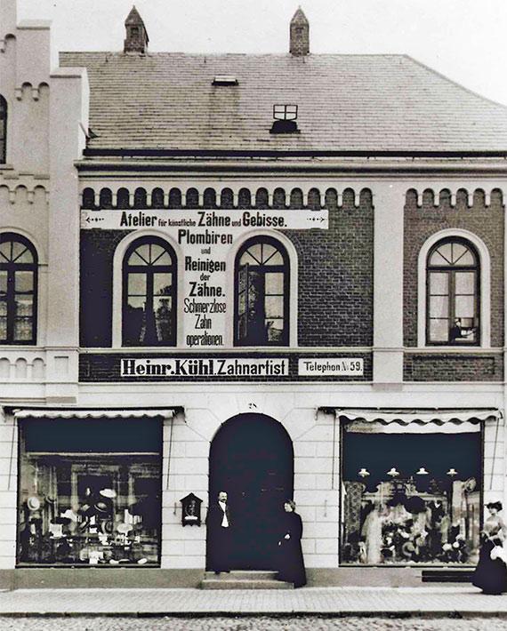 Alte Apotheke Bad Segeberg Außenansicht Geschäft Geschichte